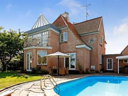 Villa med havudsigt til Øresund