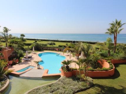 Penthouse direkte til stranden i Marbella